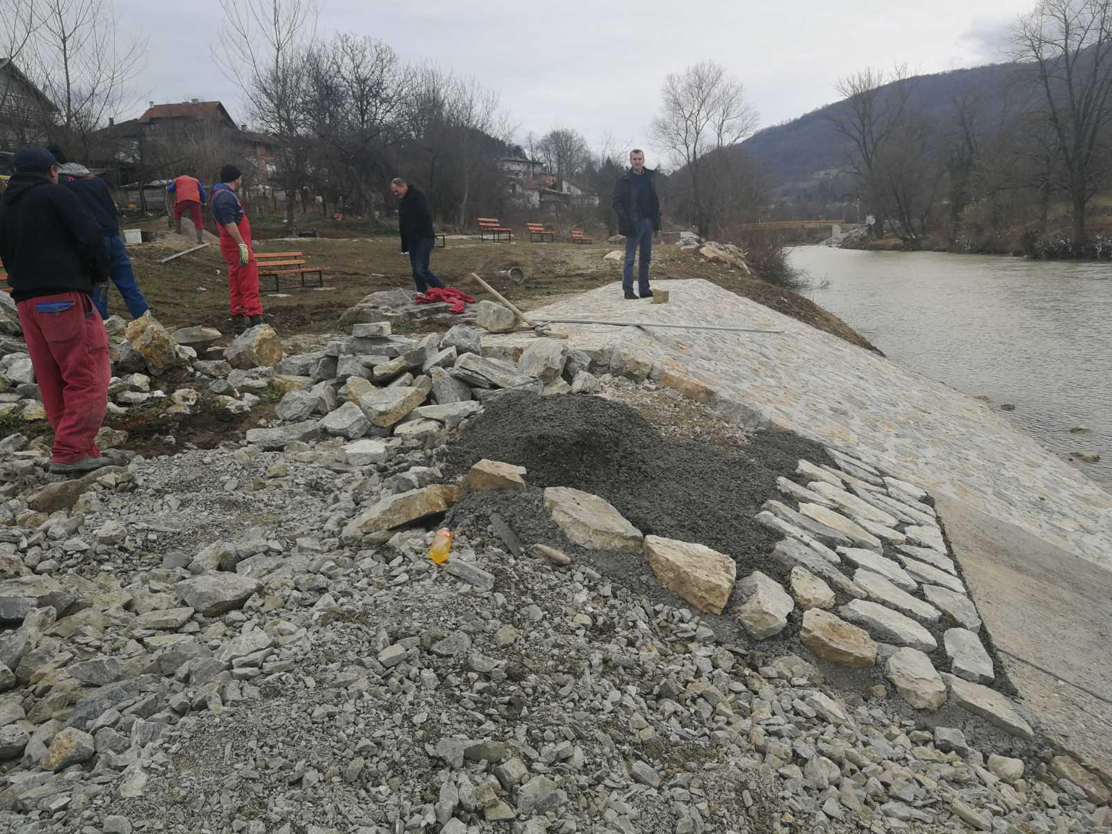 Санација оштећења осигурања обале на купалишту Брана