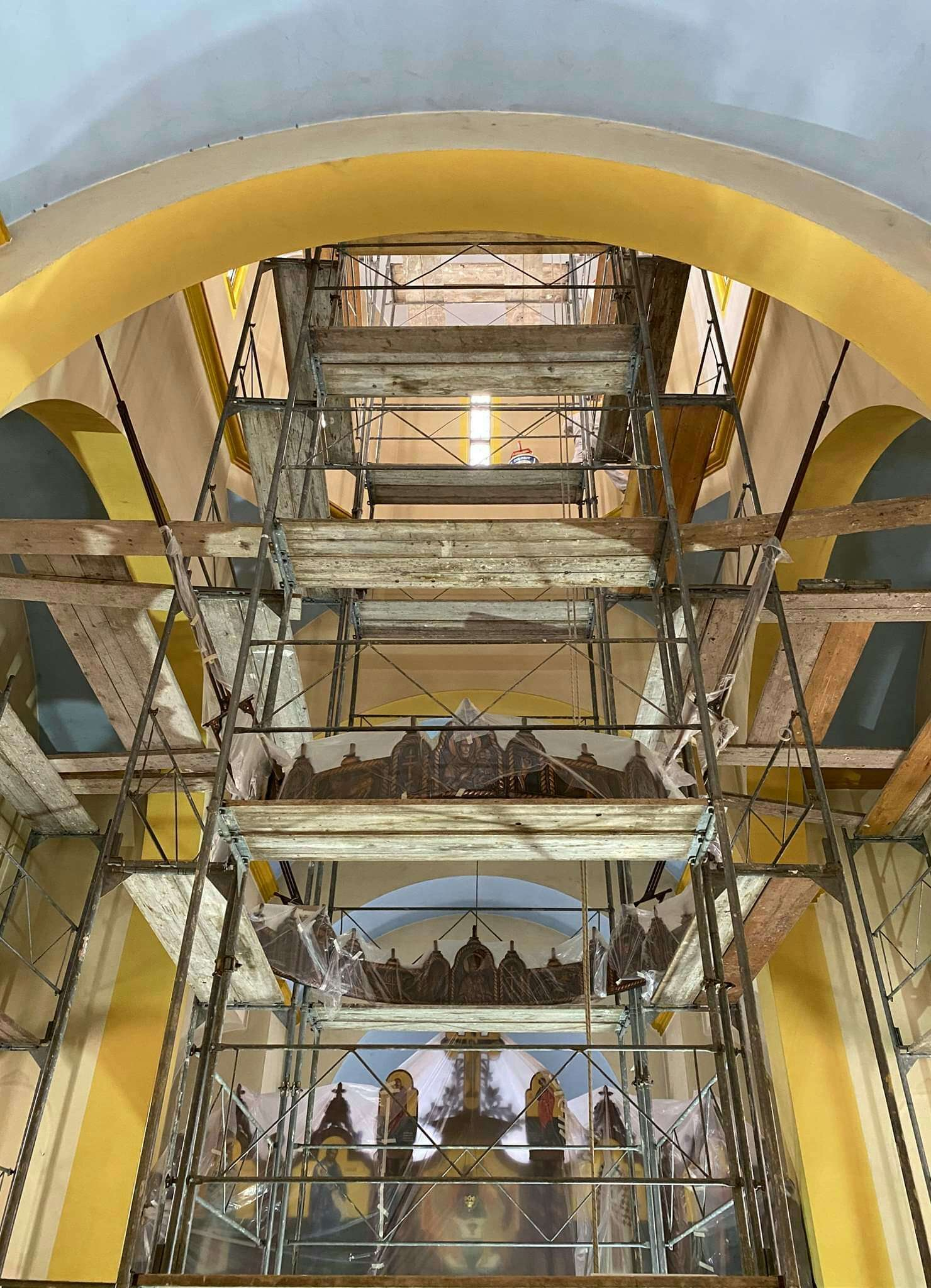 Фото вијест: Рестаурација фасаде у Храму Светог пророка Илије у Врбањцима