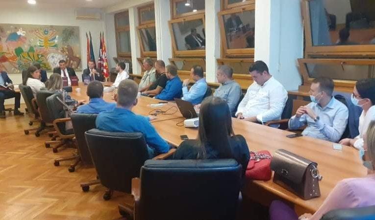 Тепић и Бубић освјетлали образ општине у Београду