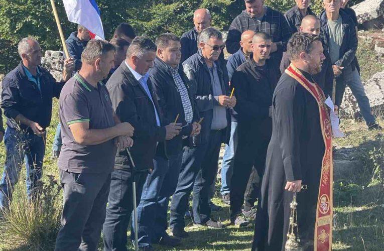 Служен парастос за Србе убијене на Меокрњу